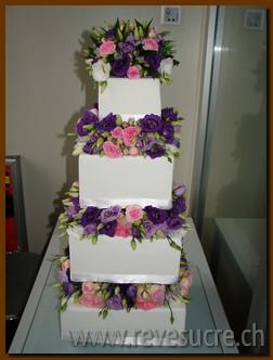 Ouvre la galerie des images de gâteaux de mariage
